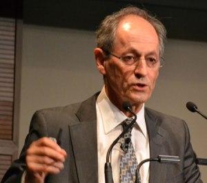Sir Michael Marmot Coordinador del Informe