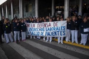 Trabajadoras del Servicio de Limpieza del Hospital Ramón y Cajal reivindicando sus derechos laborales