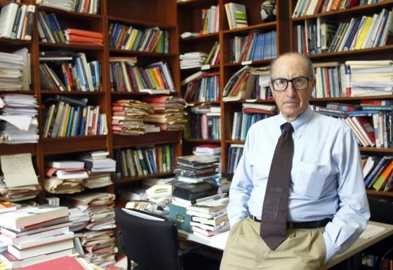 Profesor Vicenç Navarro