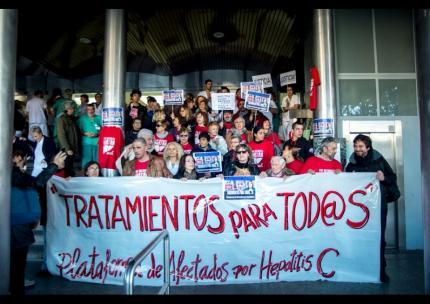 Foto_Concentración en Hospital Ramón y Cajal_2014-11-20
